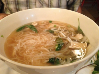It S Pho Viet Thai Delivery 1821 N Cahuenga St Los Angeles Order Online With Grubhub